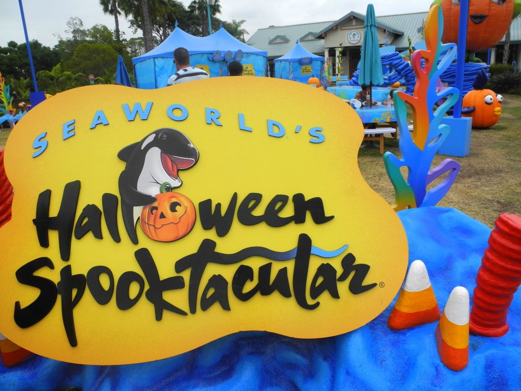 Why a SeaWorld Halloween is Spooktacular!
