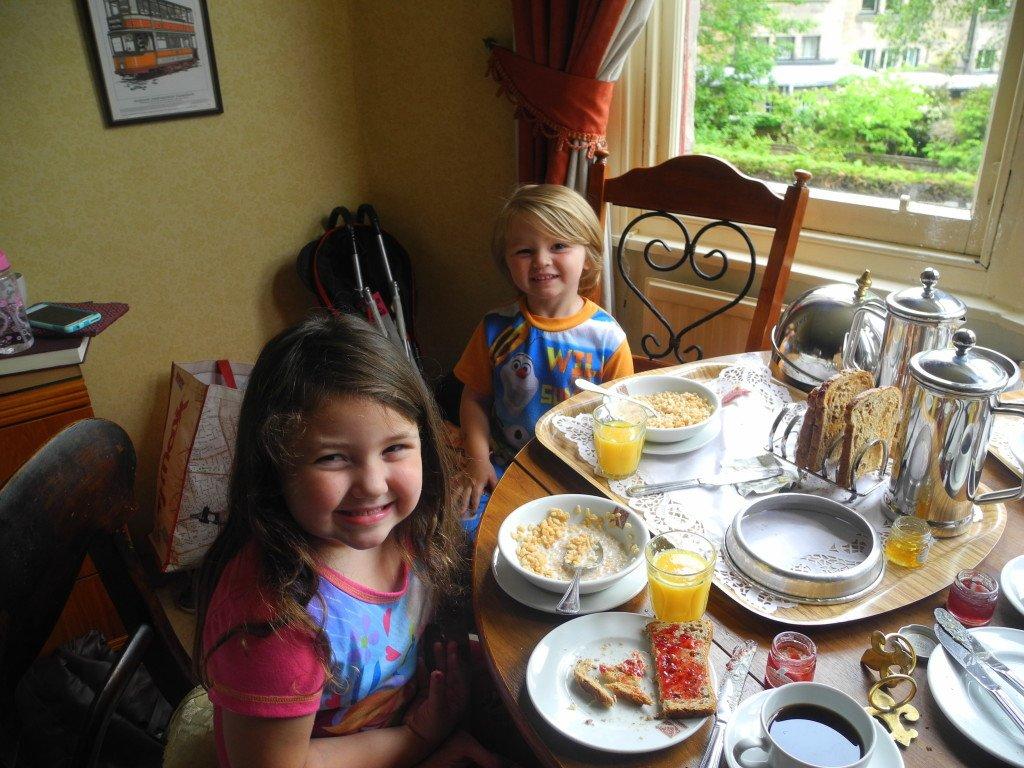 Breakfast at the Kirklee Hotel