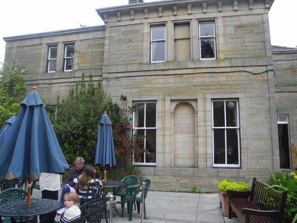 Tea House at the Glasgow Botanical Gardens
