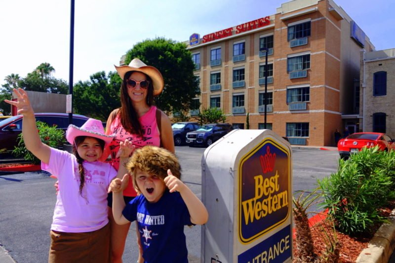Best Western Plus Sunset Suites Riverwalk San Antonio