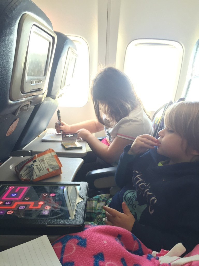 kids activities on airplane flying