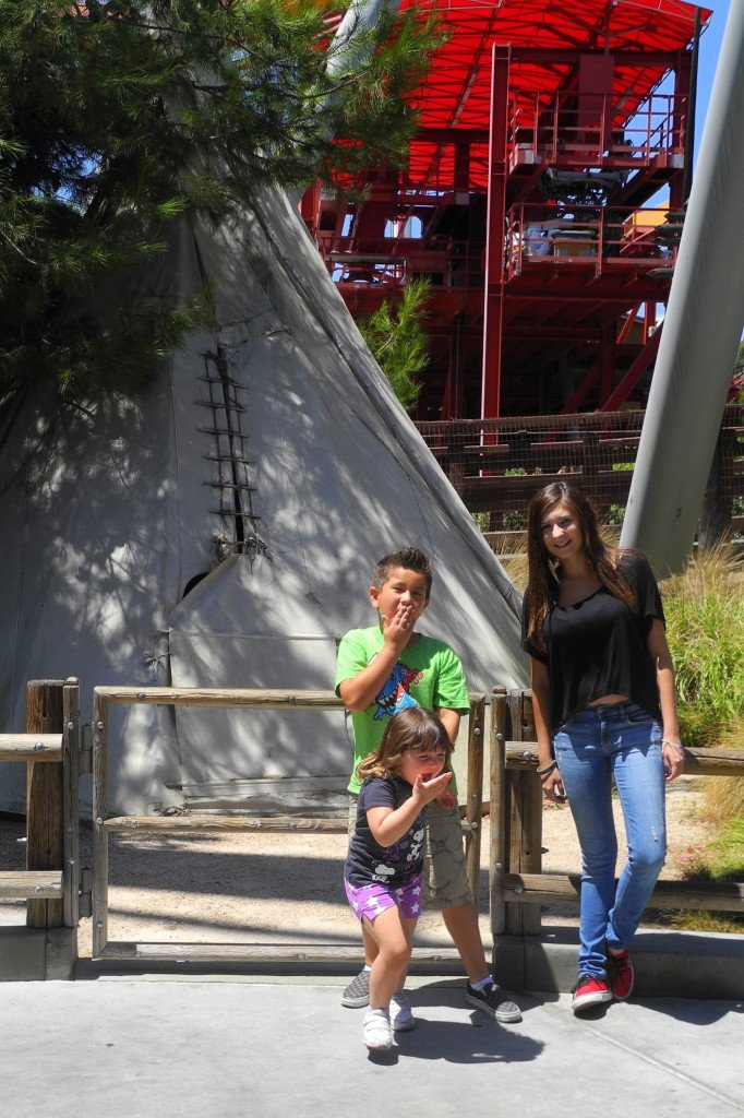 Knott's India Trails section with Kids