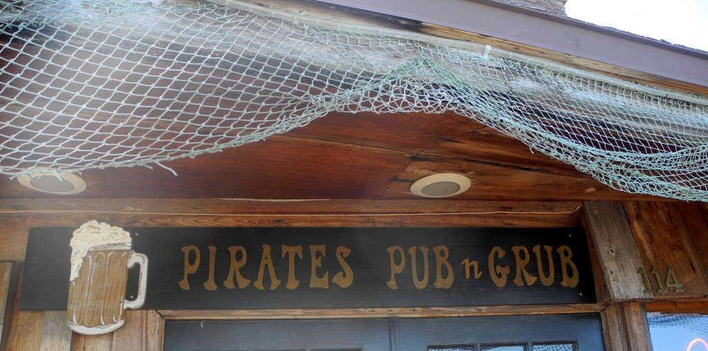 Pirate's Pub n Grub at John's Pass