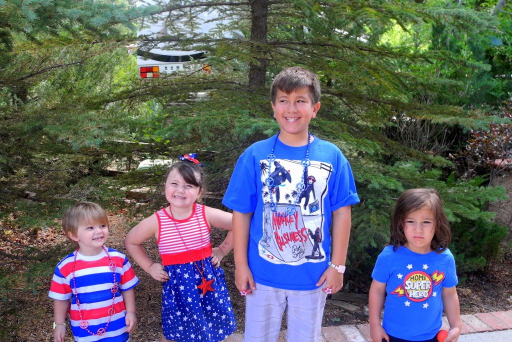 kids dressed in 4th of July outfits