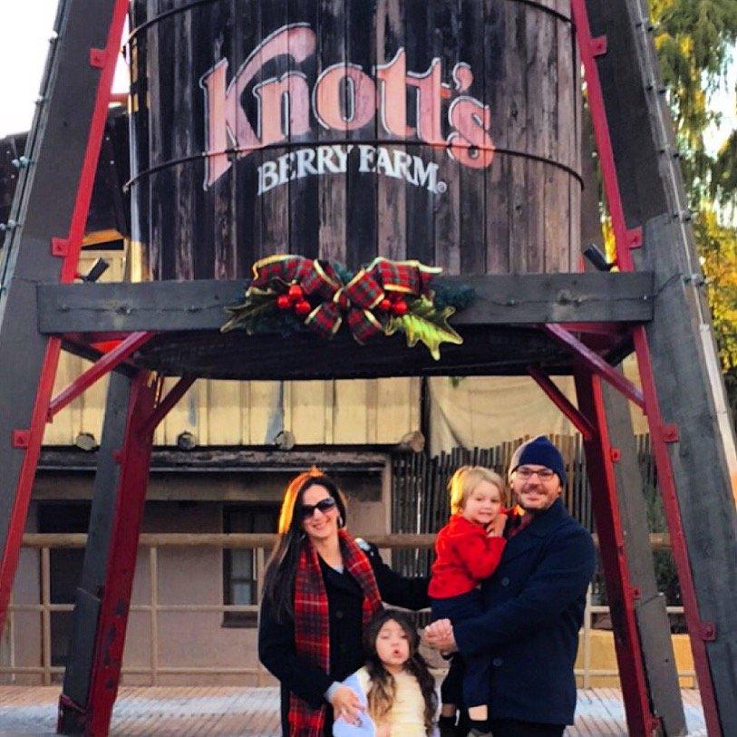 Visiting Knott's Merry Farm