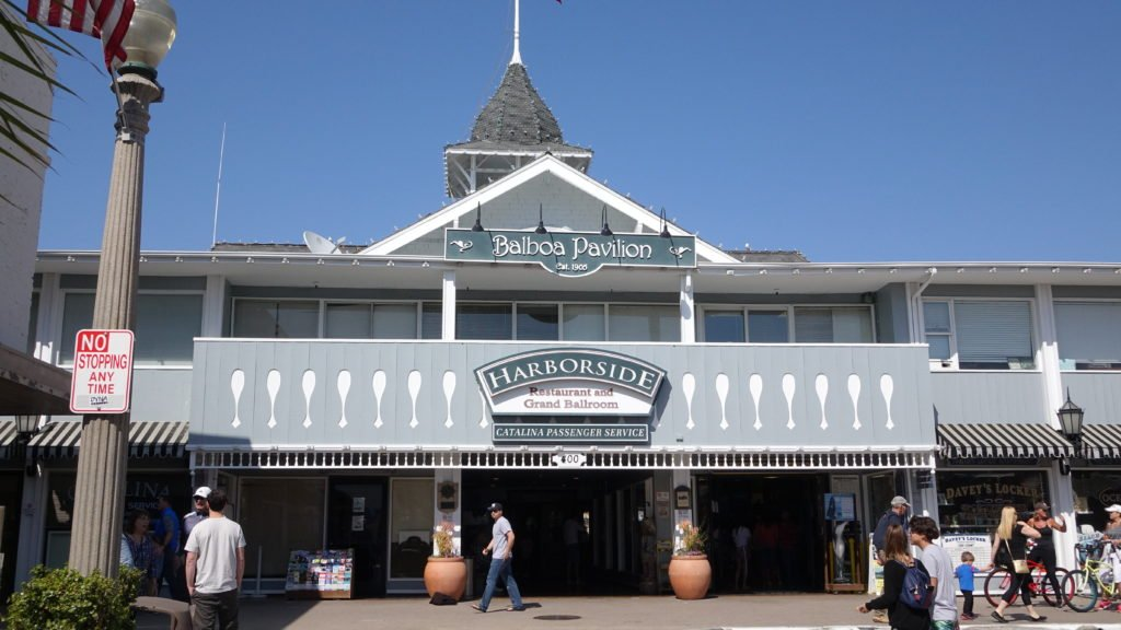 family-restaurant-newport-beach-harborside-inn-restaurant-ballroom
