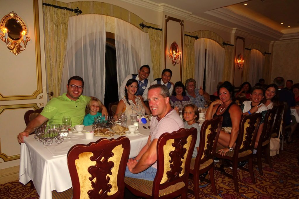 Family Dinner Royal Court Disney Fantasy