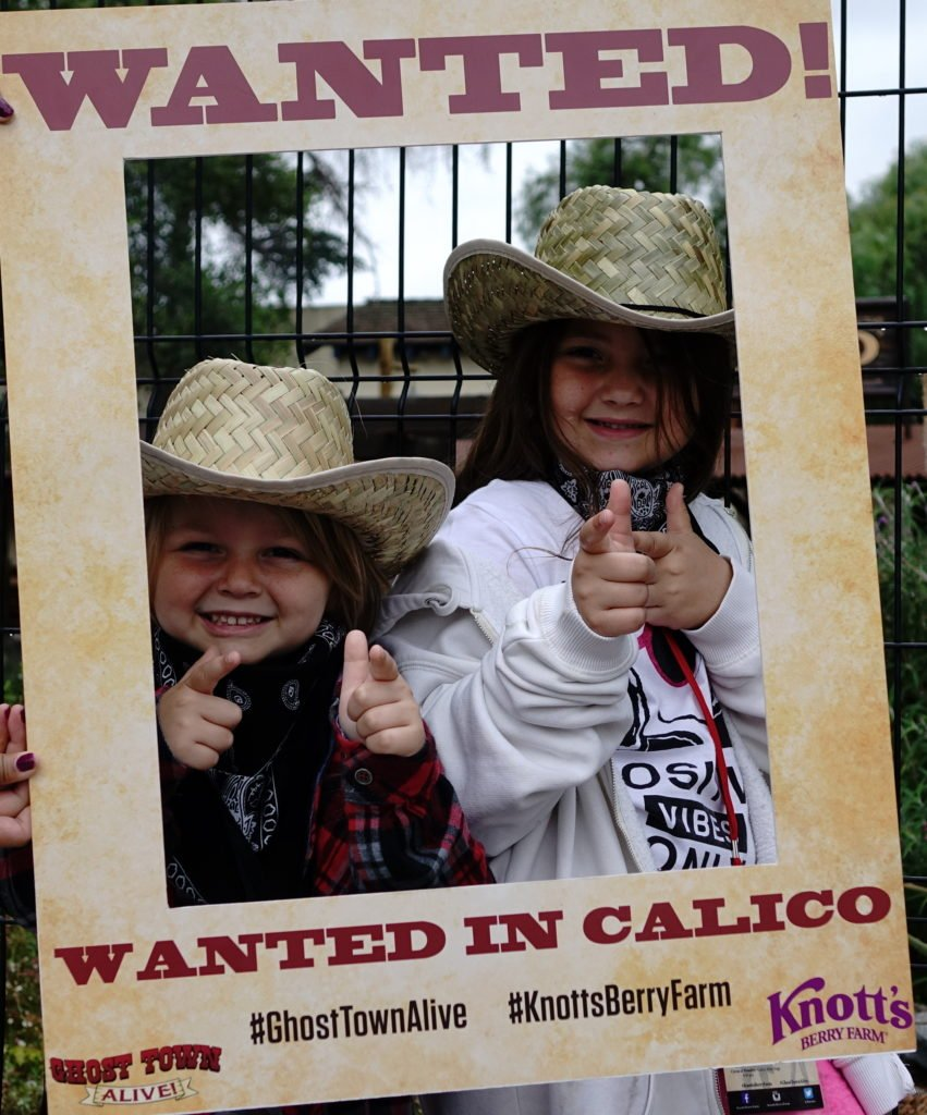 Kids wanted in Calico Knotts
