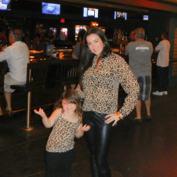 Mother with daughter in matching outfits in Las Vegas Casino