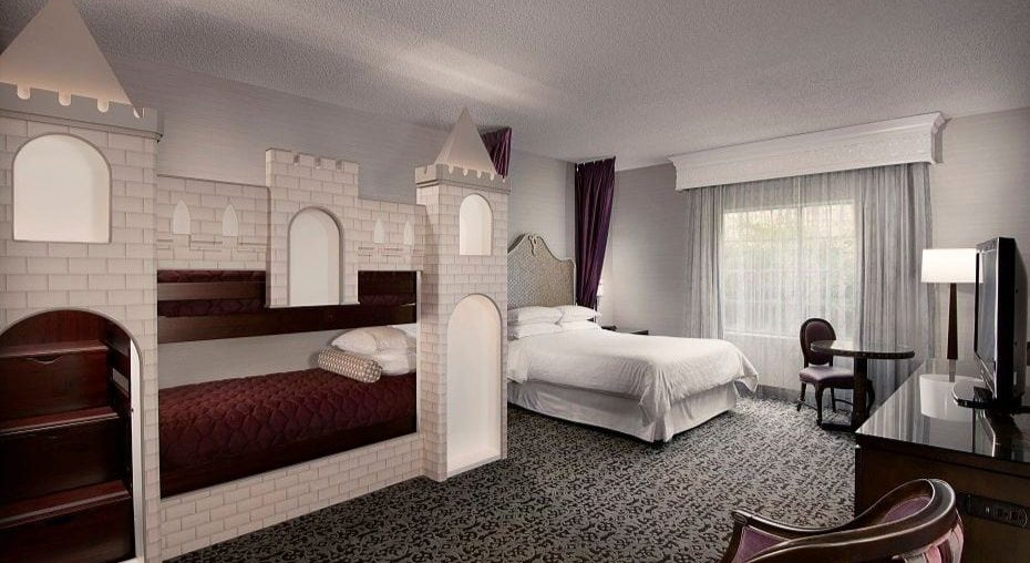 Castle bunk beds near Disneyland at Majestic Garden Hotel