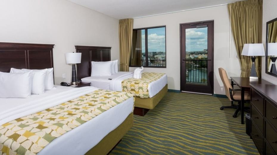 Inside Edge Hotel rooms in Clearwater