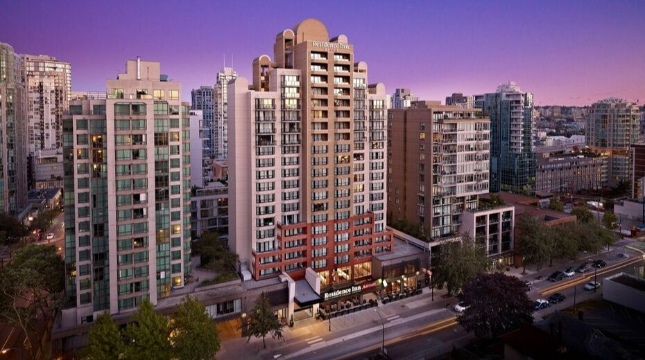 Residence Inn Downtown Vancouver Hotel
