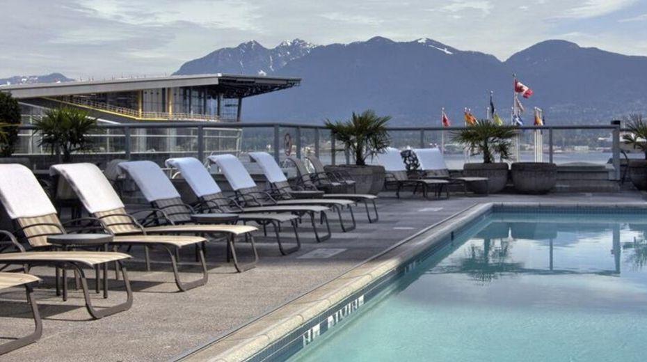 Family pool area Vancouver Fairmont Waterfront