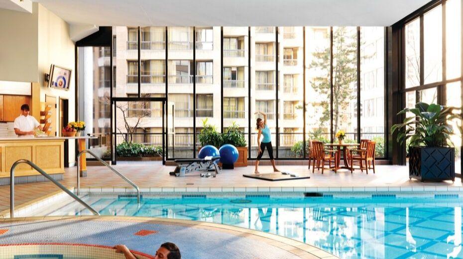 Four Seasons Vancouver Hotel Pool