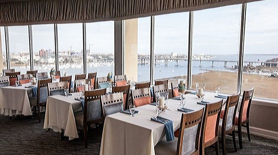 Holiday Inn Charleston Harborview Restaurant