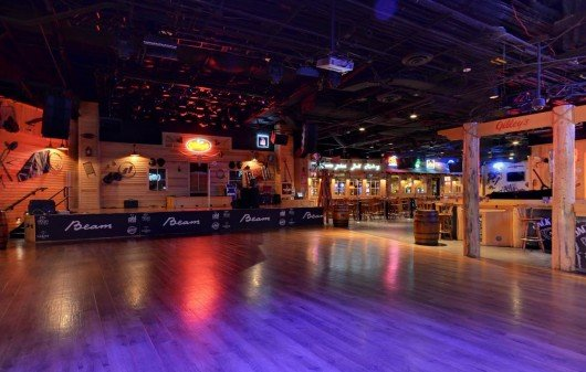 kid-friendly-live-music-gilleys-saloon-las-vegas