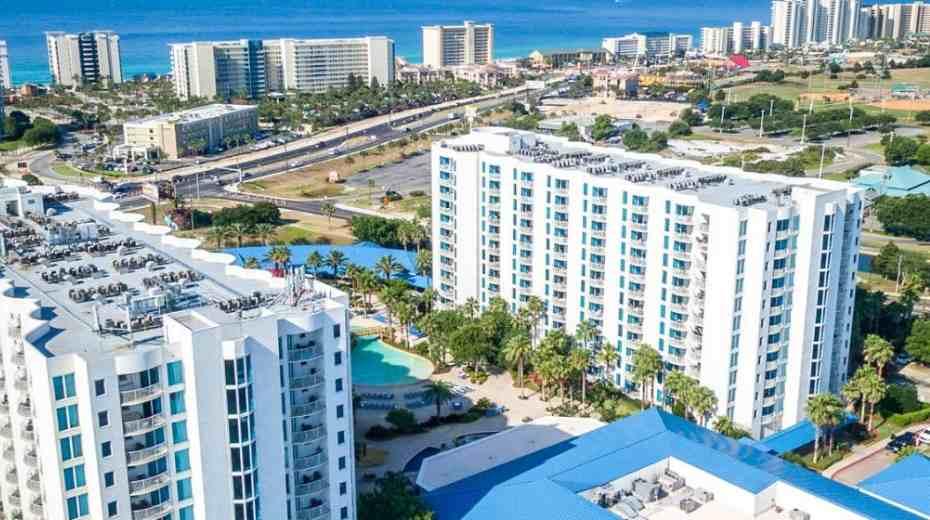 Family-Friendly Destin Palms Resort in Destin Fl