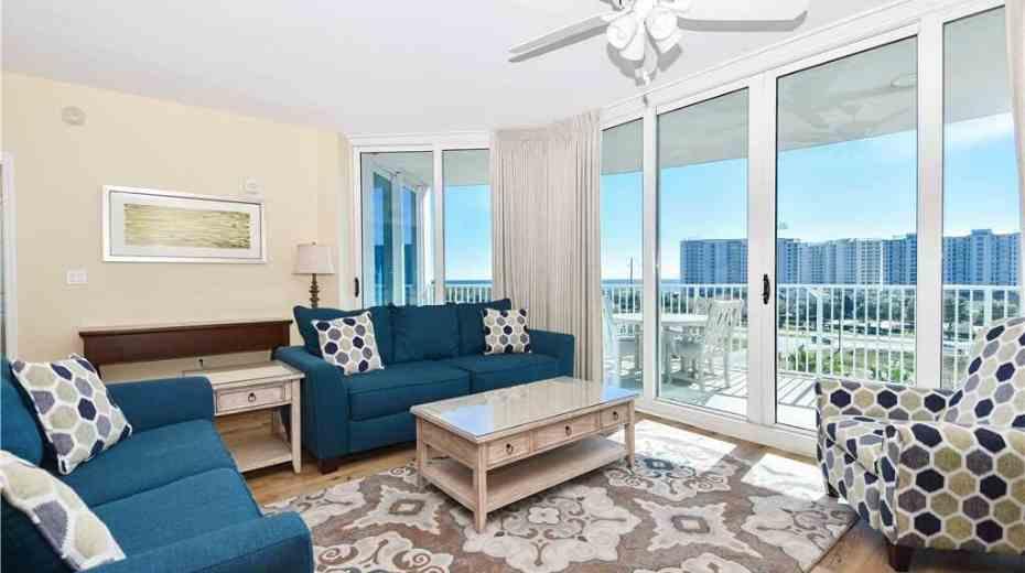 large family suites at Destin Palms Resort in Destin Fl