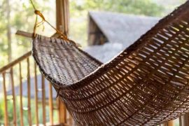 Enjoy the tropical landscapes with a unique stay when glamping Florida