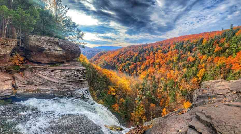 5 breathtaking sites to go glamping in Upstate New York
